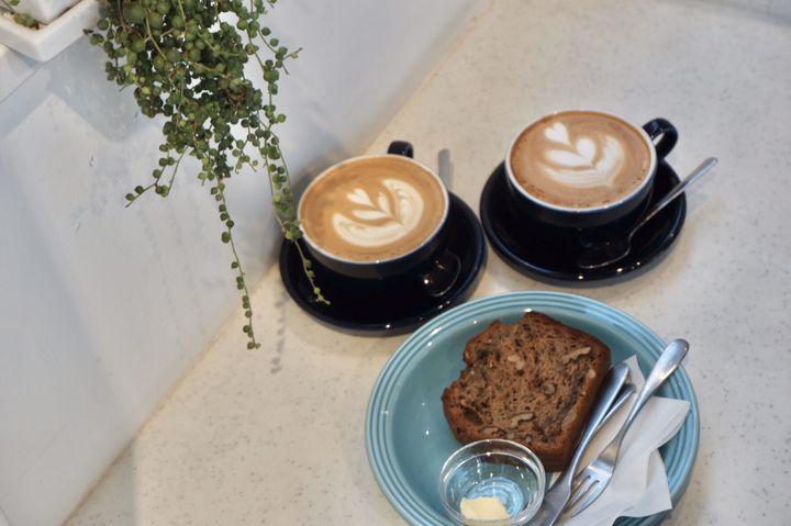 都心から1時間の異国風カフェ。「BREATHER COFFEE」の魅力を徹底解剖