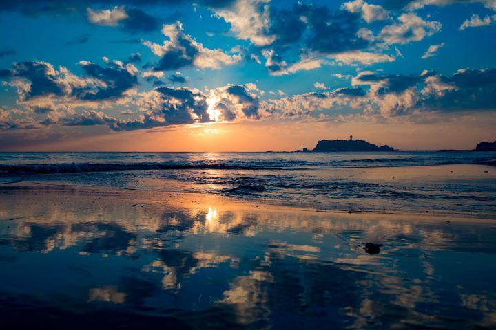 涙を流すのはここで最後。関東で夕日が綺麗な海9選