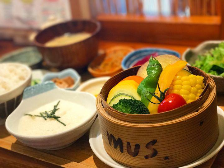 ヘルシー志向の自然派女子必見!関西で食べたい自然食のお店7選