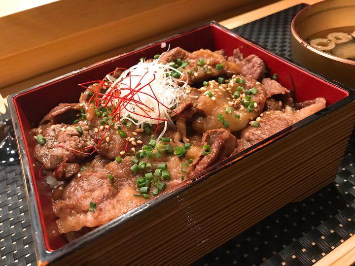がっつり食べたい、食欲の秋。東京都内の「本当に美味しい」肉丼まとめ