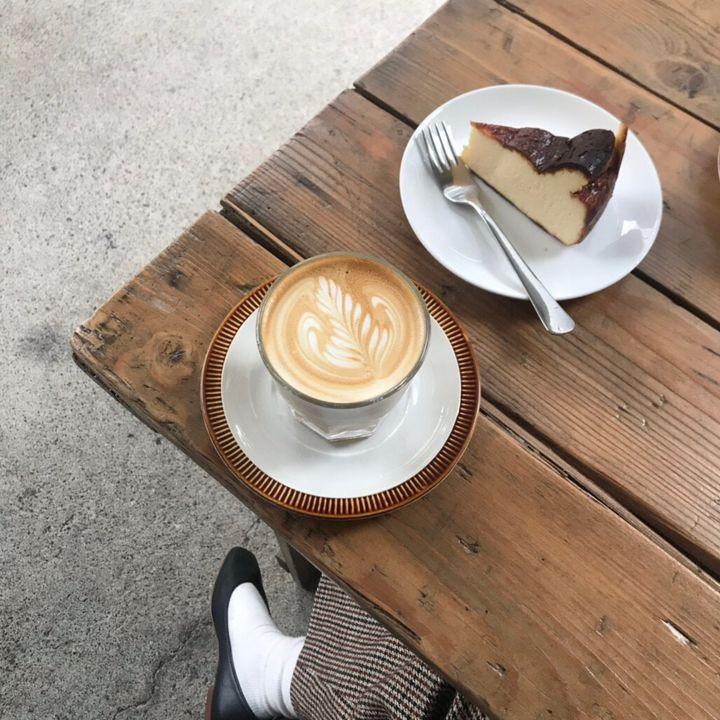 """今日の午後、出かけようかな。東京都内の""""おひとり時間""""に訪れたいカフェ10選"""