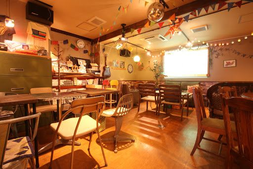 仲良い友達とのパーティーにおすすめ!伊丹市のカフェ「Cafe Champroo」