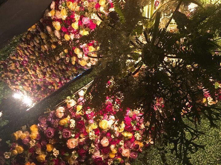 扉を開ければ花と緑に包まれた別世界!東京都内でおすすめのお花屋さんカフェ7選
