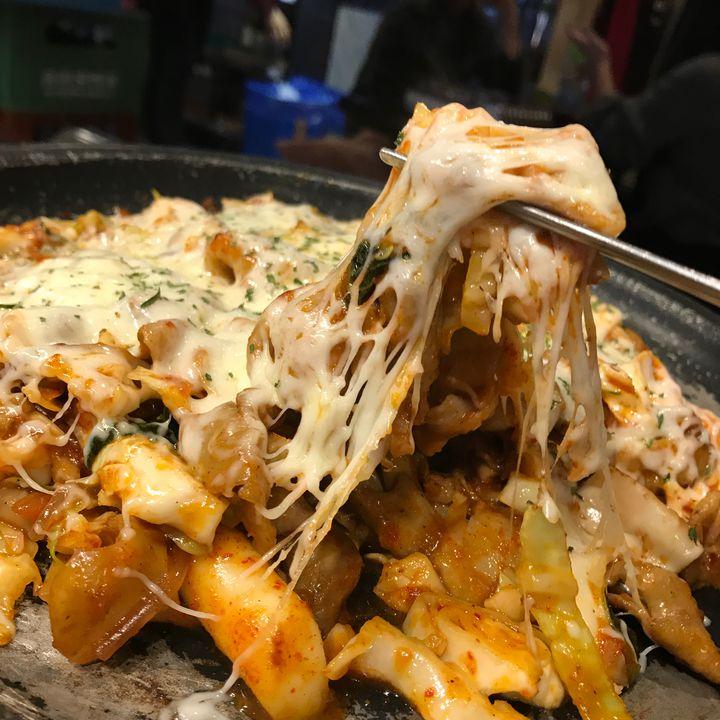 """チーズ中毒のあなたは必読!韓国で食べられる絶品""""チーズグルメ""""7選"""