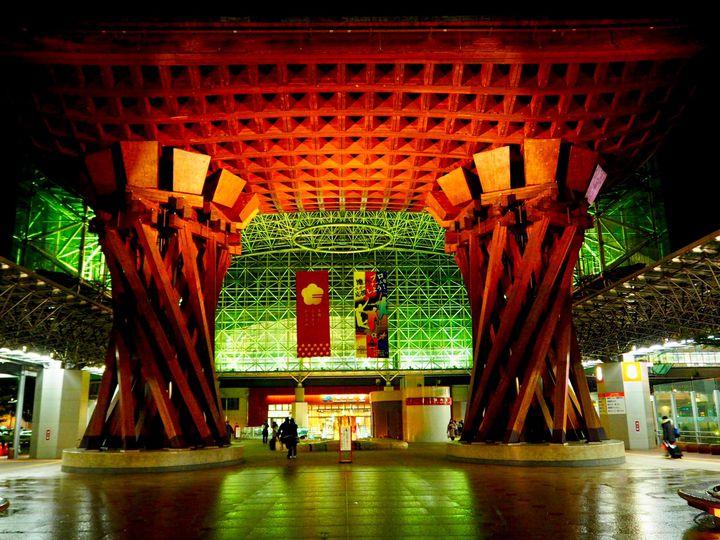 おすすめ スポット 金沢 金沢駅からすぐ!最後まで金沢を楽しめるおすすめスポット|特集|【公式】金沢の観光・旅行情報サイト|金沢旅物語