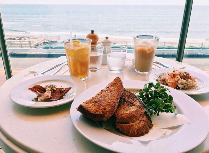 夏のデートで行くならココ!関東の「海辺近くのおしゃれカフェ」9選