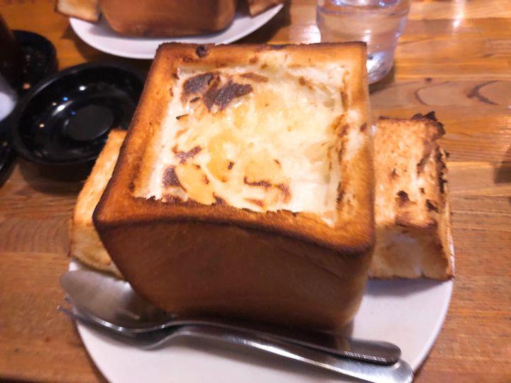 ボリューミーだけどぺろっと食べれる。鶯谷の喫茶店「DEN」のグラパンが気になる