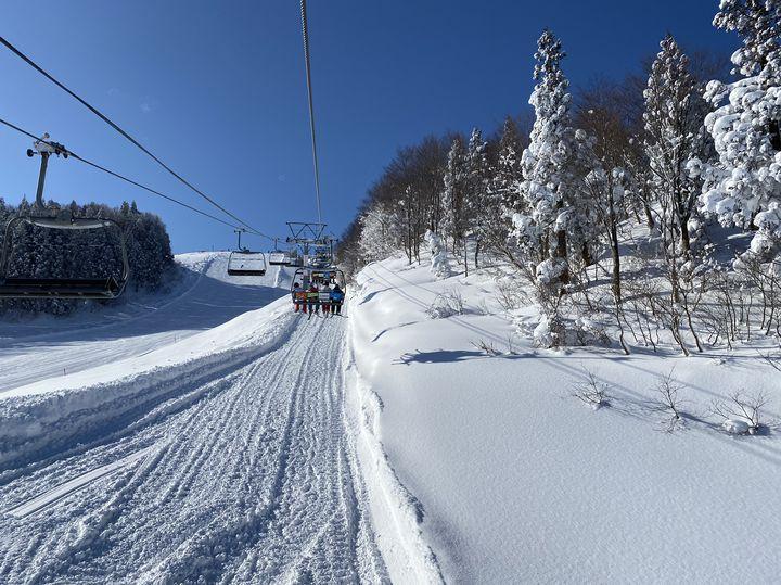 都内からのアクセス抜群!超充実の日帰りでいけるスキー場はここだ