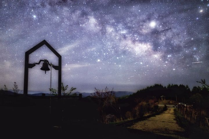 """今、""""星降る夜""""をキミと過ごしたい。関西周辺の絶景星空デートスポット16選"""