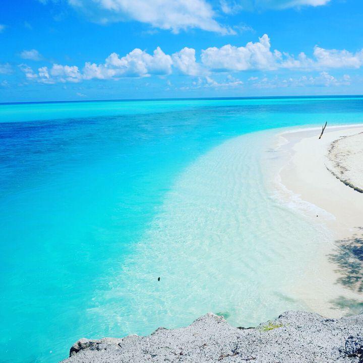 """天国に一番近い絶景に行こう。死ぬまでに行きたい世界の""""地上の楽園""""8選"""