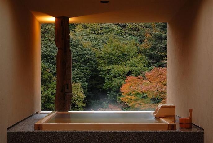 親孝行にドライブ温泉旅行がオススメ!関東近郊で行くべき温泉と宿7選