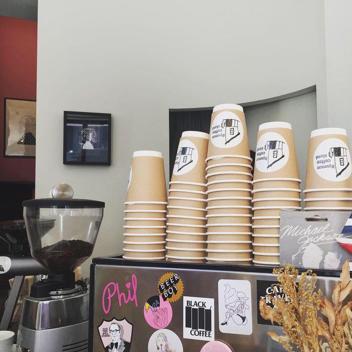 テイクアウトで楽しむコーヒー。「吉祥寺」の自然の中で楽しみたいカフェ7選