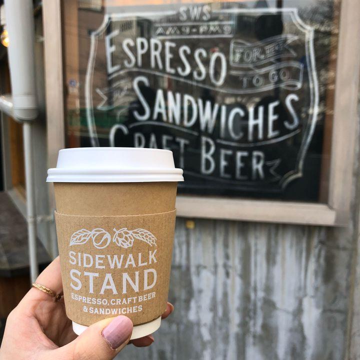 """コーヒー片手にふらり町歩き。""""夏の朝""""にぴったりの東京都内の散歩スポット&カフェ8選"""