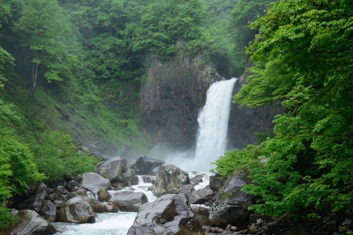 日本の滝百選に選ばれた名所。苗名滝でしたい5つのこと