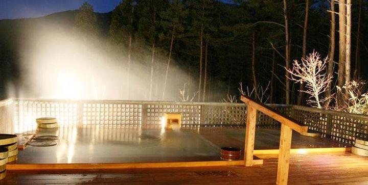 星空×温泉の絶景露天風呂で癒される旅。関東から行ける温泉宿9選