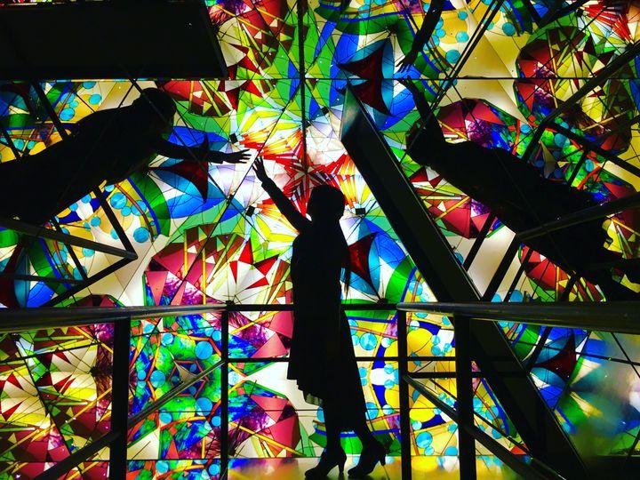 魅惑の世界へようこそ。ときめき溢れる日本全国の「ガラス美術館」10選