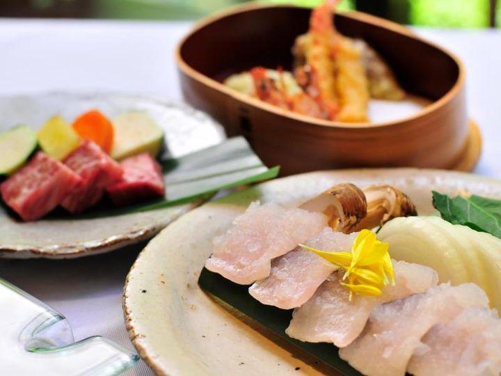美味い宿に泊まろう!「食事が最高においしい」温泉旅館10選